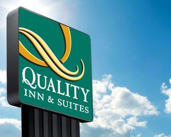 Quality Inn & Suites - Wilsonville - Außenansicht