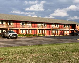Econo Lodge Purcell - Purcell - Building