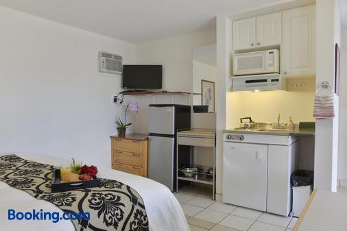 Valley Star Motel - Penticton - Bedroom