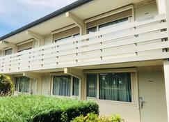 Campanile Laon - Laon - Edificio