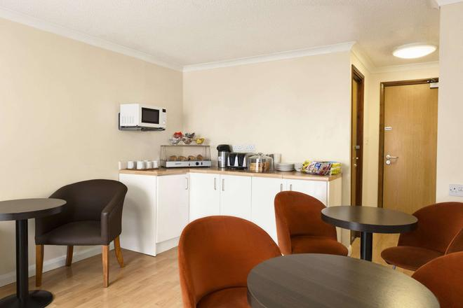 Days Inn by Wyndham Leicester Forest East M1 - Leicester - Restaurant