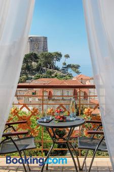 Hilton Imperial Dubrovnik - Dubrovnik - Balcony