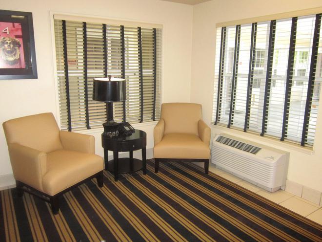 Extended Stay America - Sacramento - White Rock Rd. - Rancho Cordova - Sala de estar