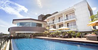Grandia Hotel - Bandung - Building