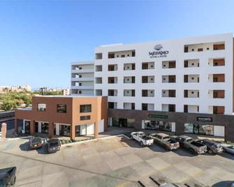 Medano Hotel And Suites - Cabo San Lucas - Building