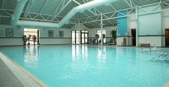 DoubleTree by Hilton Edinburgh Airport - Edinburgh - Pool