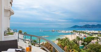 Hôtel Barrière Le Majestic Cannes - Cannes - Balkon