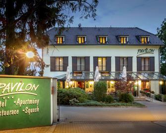 Hotel Pavilon - Říčany - Building
