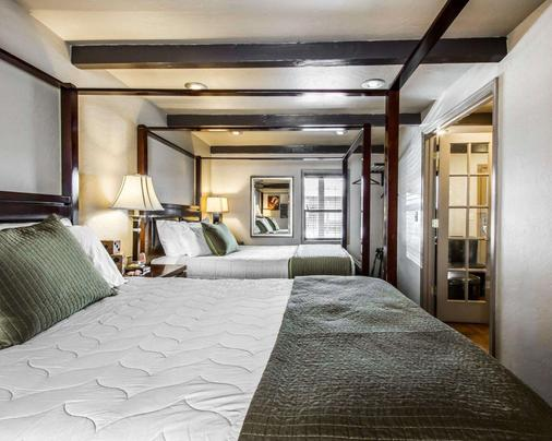 Rodeway Inn & Suites Downtowner-Rte 66 - Williams - Phòng ngủ