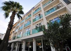 Yeniceri City Hotel - Fethiye - Gebouw