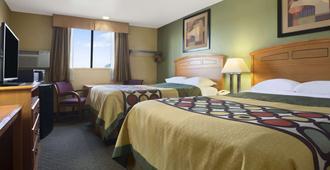 Super 8 by Wyndham Amarillo - Amarillo - Bedroom