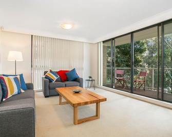 Tranquil Tree Top Hideaway (608i) - Coogee - Living room