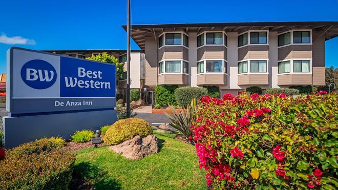 西方最佳德安扎酒店 - 蒙特利 - 蒙特里杰克 - 建築