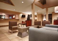西方最佳德安扎酒店 - 蒙特利 - 蒙特里杰克 - 大廳