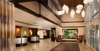 Hilton Garden Inn Austin Downtown/Convention Center - Austin - Lobby