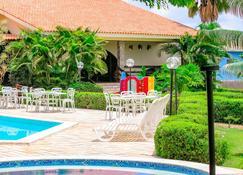 Hotel Tres Palmeiras - Gravatá - Piscina