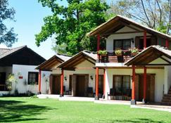 Rancho Grande Inn - Panajachel - Rakennus