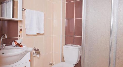Birlik Apart Hotel - Istanbul - Bathroom