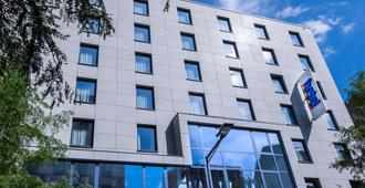 Park Inn by Radisson Luxembourg City - Luxemburgo - Edificio