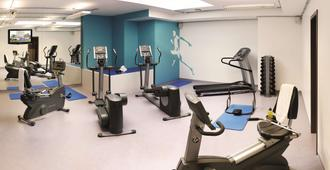 Park Inn by Radisson Luxembourg City - Luxembourg - Gym