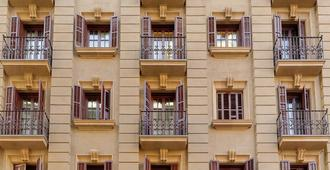 H10 Madison - Barcelona - Building