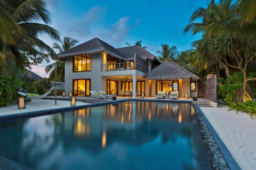 Dusit Thani Maldives $555 ($̶1̶7̶6̶4̶). Mudhdhoo Hotel Deals & Reviews -  KAYAK