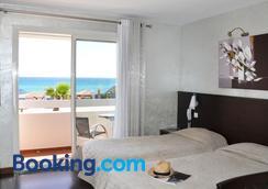 海灘酒店 - 聖馬克西姆 - 臥室