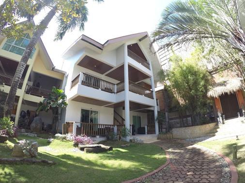 Pinjalo Resort Villas (Jade Hill Project Property Development Inc.) - Boracay - Toà nhà