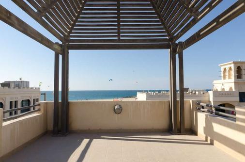 Roda Beach Resort - Dubai - Ban công