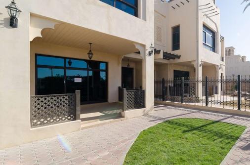Roda Beach Resort - Dubai - Toà nhà