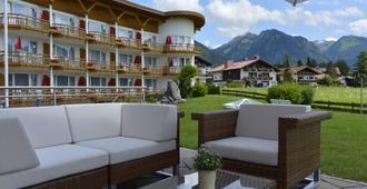 Best Western Plus Hotel Alpenhof - Oberstdorf - Bar