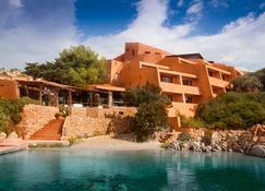 Hotel Cala Lunga - La Maddalena - Edifício