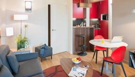 Aparthotel Adagio Toulouse Centre Ramblas - Toulouse - Living room