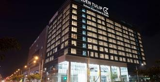 Golden Tulip Incheon Airport Hotel & Suites - Ιντσόν
