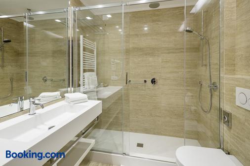 拉吉迪瓦溫泉酒店 - 柯提納安培佐 - 科爾蒂納丹佩佐 - 浴室