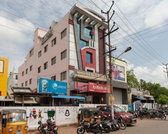 Oyo 6178 Hotel Nstar Heritage - Tiruppur - Building