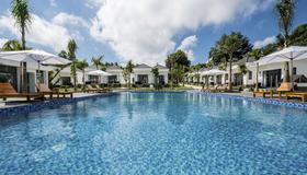 Xuan Hien Resort Seapearl Phu Quoc - Phu Quoc - Pool