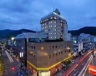 Amami Sunplaza Hotel - Amami - Gebäude