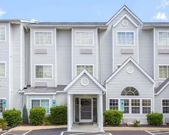 Microtel Inn & Suites by Wyndham Kannapolis/Concord - Kannapolis - Gebäude