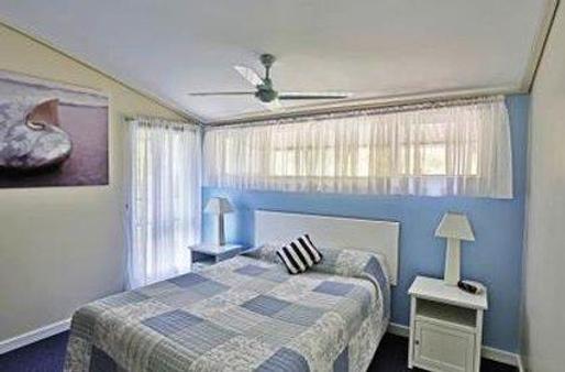 Kingfisher Bay Resort - Hervey Bay - Bedroom