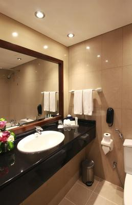 J5 Rimal - Dubai - Dubai - Phòng tắm