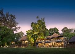 The Stanley And Livingstone Boutique Hotel - Victoria Falls - Budynek