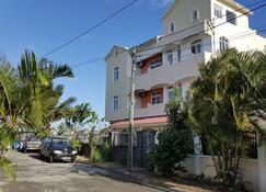 The Impala Mauritius Holiday Rentals - Trou Aux Biches - Gebäude