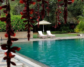 Amanvana Spa Resort - Coorg - Kushālnagar - Pool