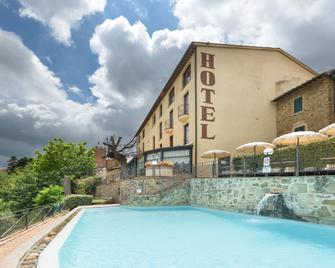 Hotel Dei Capitani - Montalcino - Building
