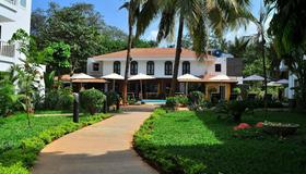 Kyriad Prestige Calangute Goa - Calangute - Edificio