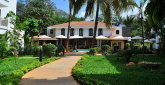 Kyriad Prestige Calangute Goa - Calangute - Building