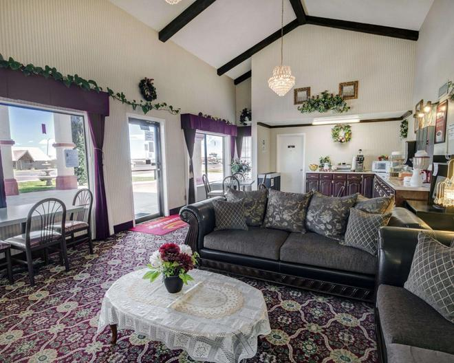 Econo Lodge Van Horn - Van Horn - Living room