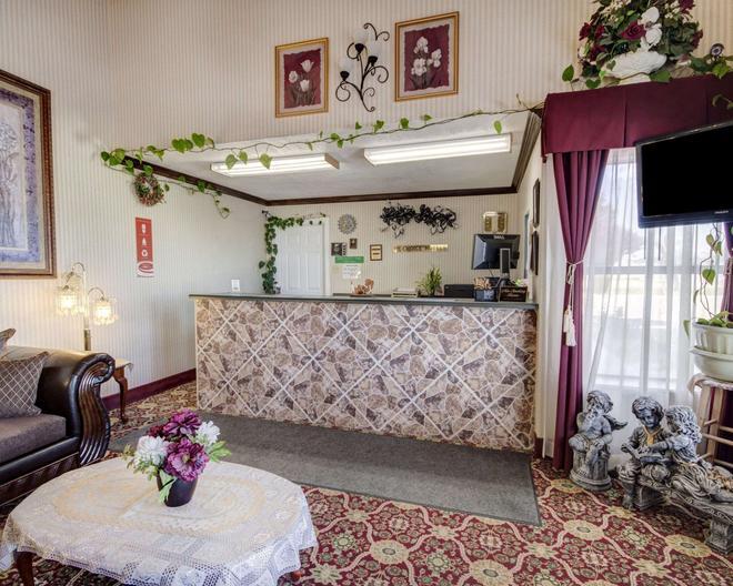 Econo Lodge Van Horn - Van Horn - Front desk
