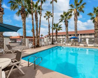 Motel 6 Casa Grande - Eloy - Bazén